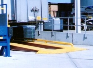 Lorry yard ramp
