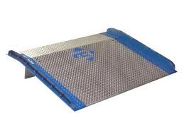 dock board for vehicle loading bay